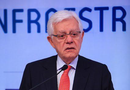 Ministro diz que reduzir tarifa é objetivo do governo, mas que não há interesse eleitoral