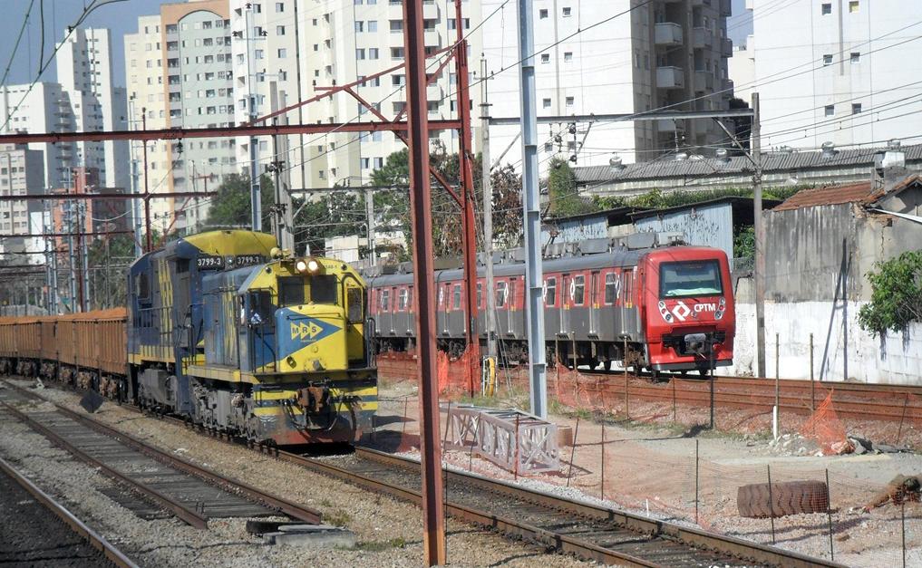 Trem de carga atrasa 10 mil passageiros por dia nos trens de SP