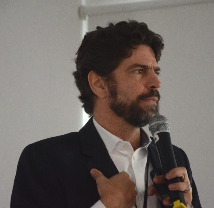 """""""Pensar que o país é uma jaboticaba é um equívoco analítico"""", diz Ricardo Sennes"""