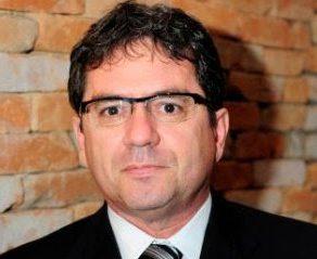 """""""Governo é omisso em relação ao setor elétrico"""", diz presidente da Abraceel"""
