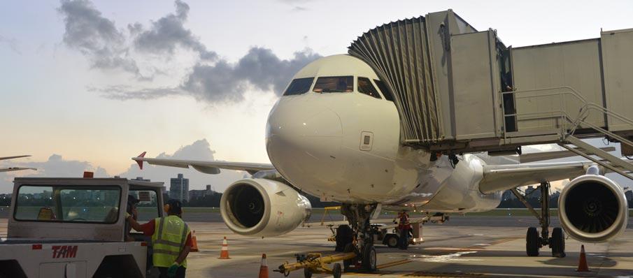 Procuradoria do Espírito Santo diz que pode judicializar concessão de aeroportos