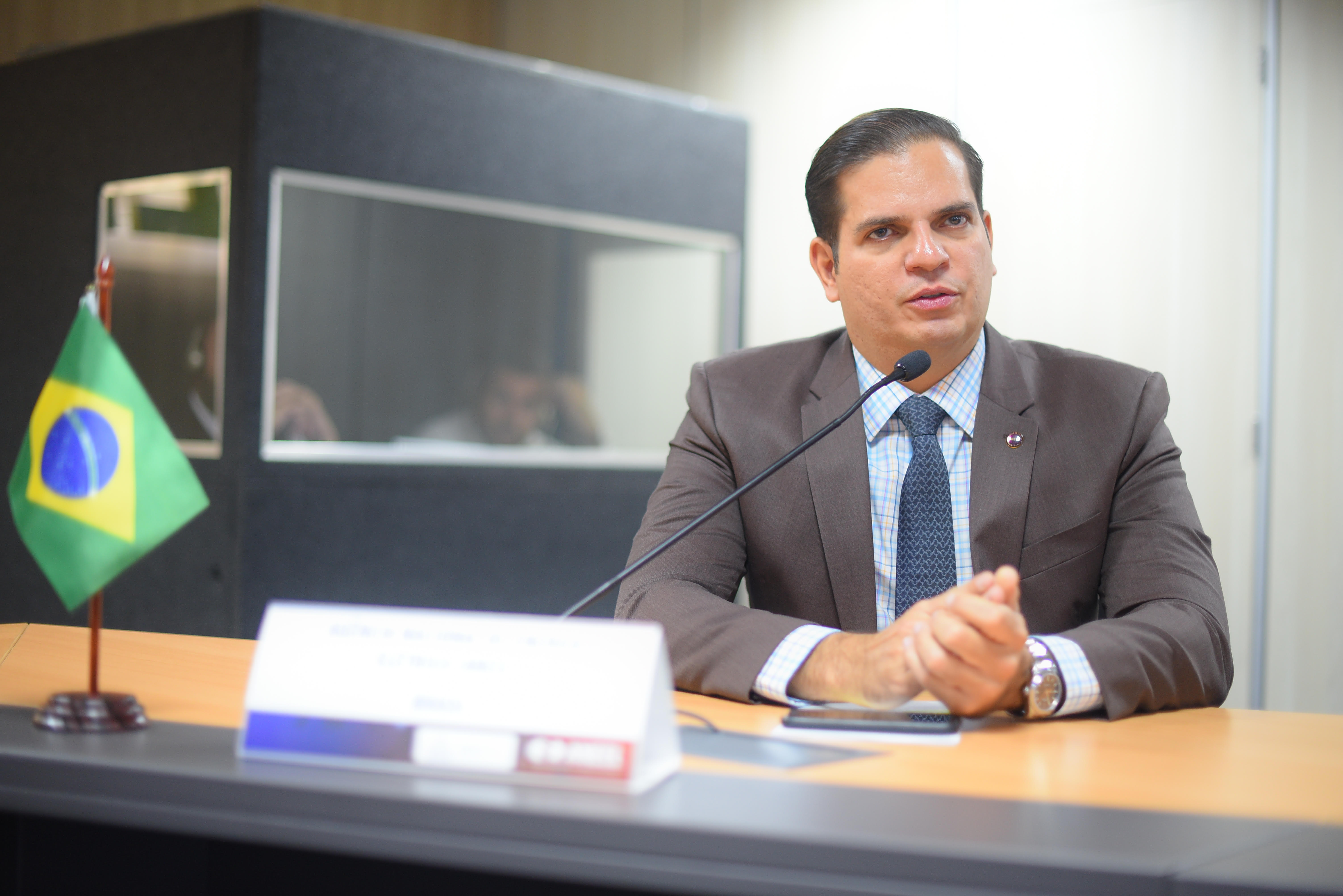 ANEEL propõe a geradores mecanismo financeiro solucionar GSF