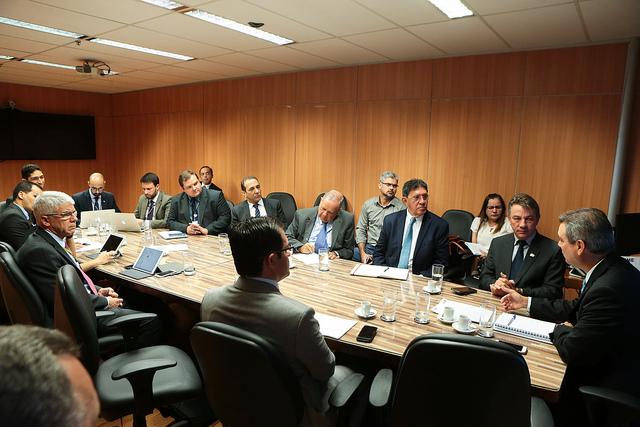 Minas e Energia estuda alternativas para suprimento de Roraima sem Venezuela