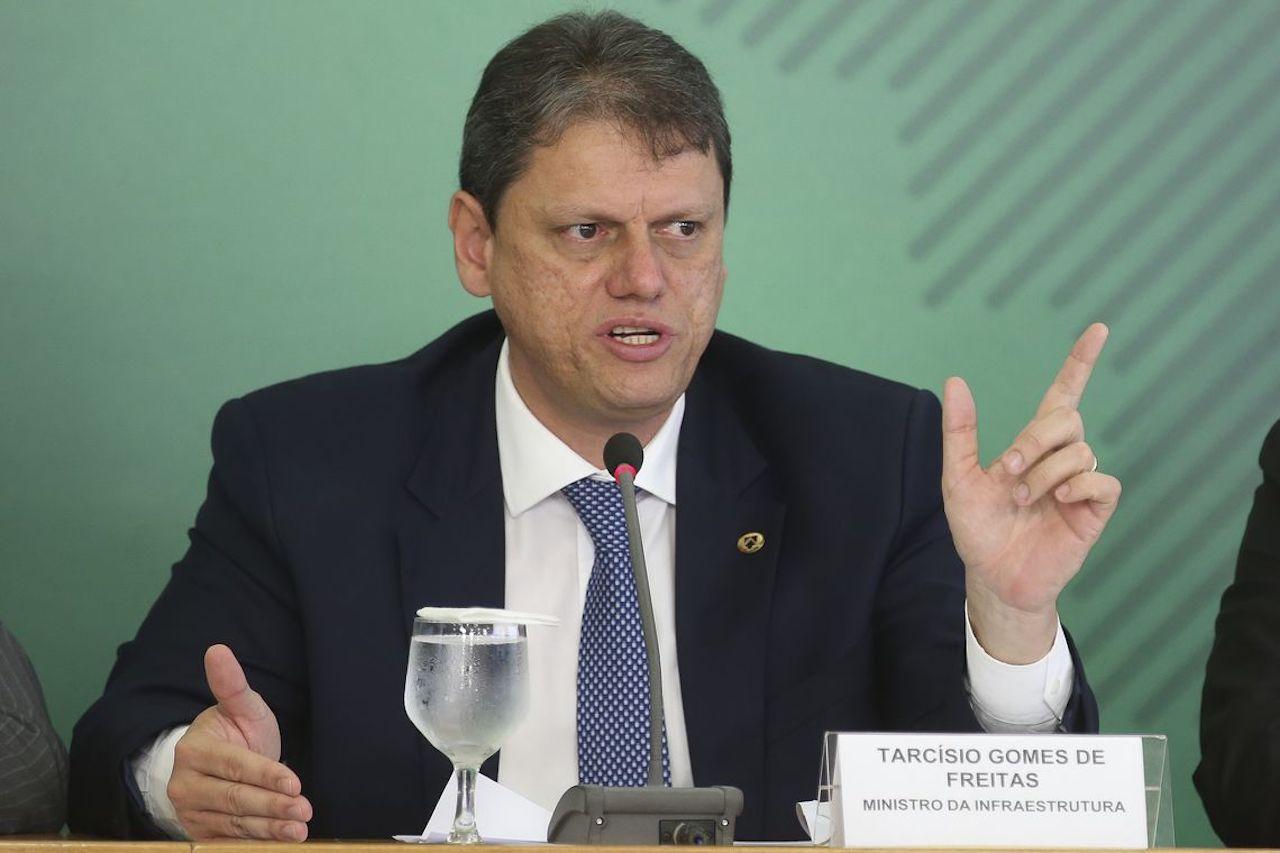 Ministro da Infraestrutura 'desanimou' sobre projeto para fusão de agências