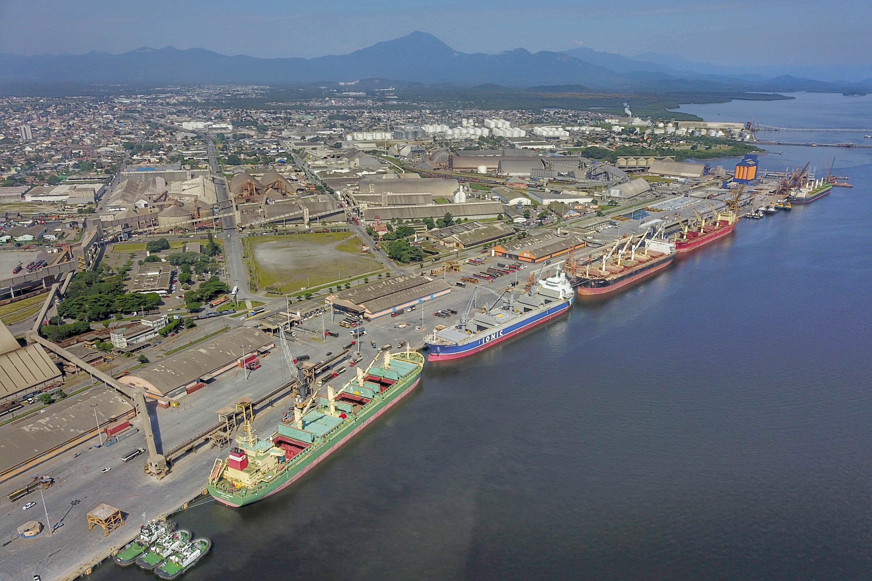 Novo modelo de escoamento do Porto de Paranaguá prevê aumento de fluxo e poderá impactar frete