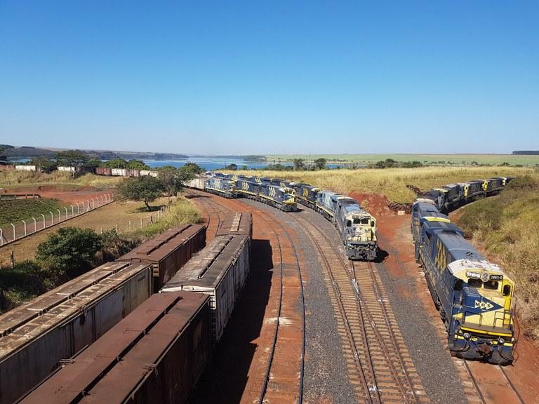 iNFRADebate: E se todos os projetos ferroviários disponíveis para transporte de cargas saíssem do papel?