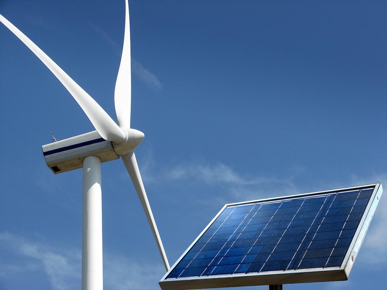 ANEEL muda leilão A-6, transferindo custo de déficit de eólicas e solares de consumidores a geradores