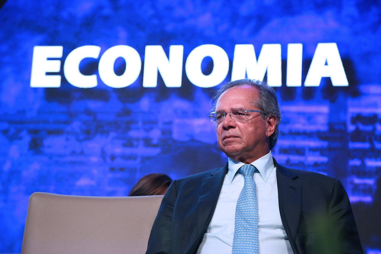 Governo publica decreto que dá a Guedes poderes sobre estatais e esvazia outros ministérios