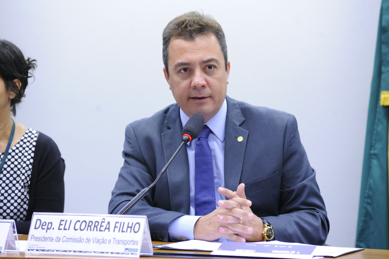 Sem consenso, CVT adia votação de projeto para regulação da praticagem