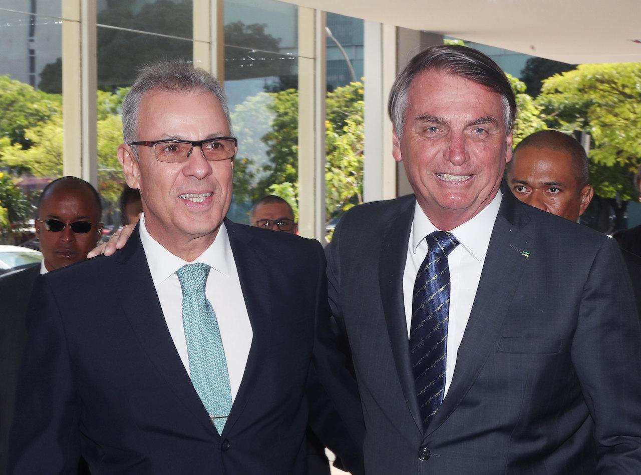 """Bento Albuquerque: """"Enquanto Bolsonaro achar que cumpro a missão, eu estarei junto"""""""