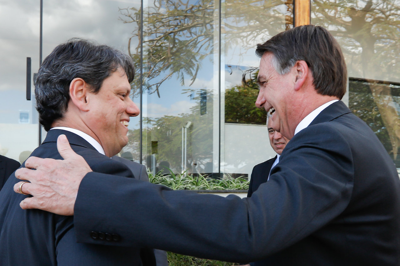 Bolsonaro diz que veta modelo de novos pedágios na Dutra e pega de surpresa ANTT
