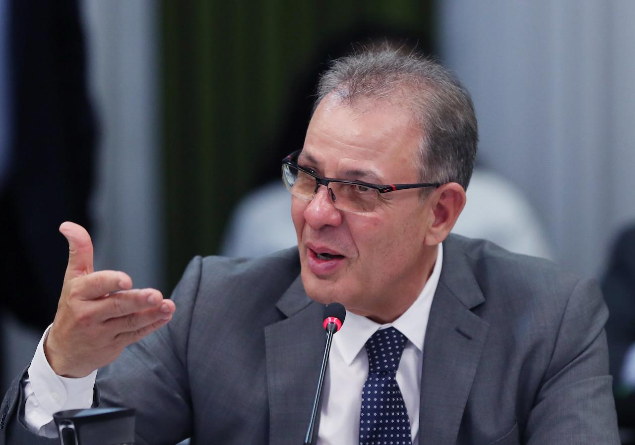 Modelo de parceria privada em Angra 3 prevê aporte de recursos da União, diz ministro
