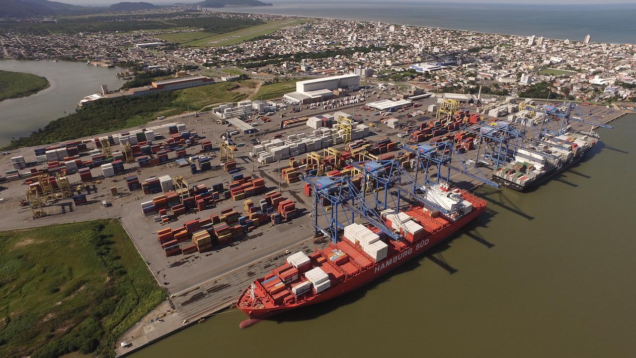 Morosidade e falta de qualidade em estatais leva a perda de investimentos no setor portuário