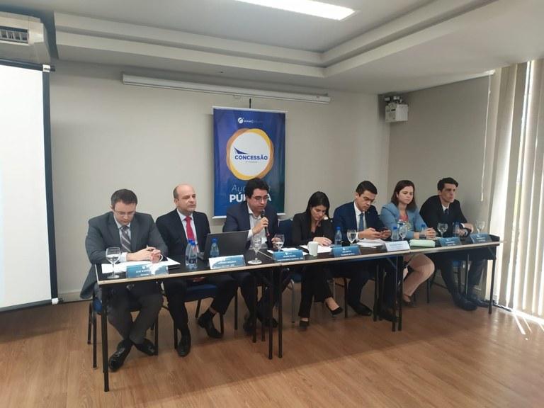 Secretário diz que voos diretos ao exterior a partir de Curitiba são prioridade do governo