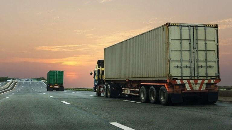 Covid-19 diminui em 26% transporte de carga rodoviária, de acordo com levantamento
