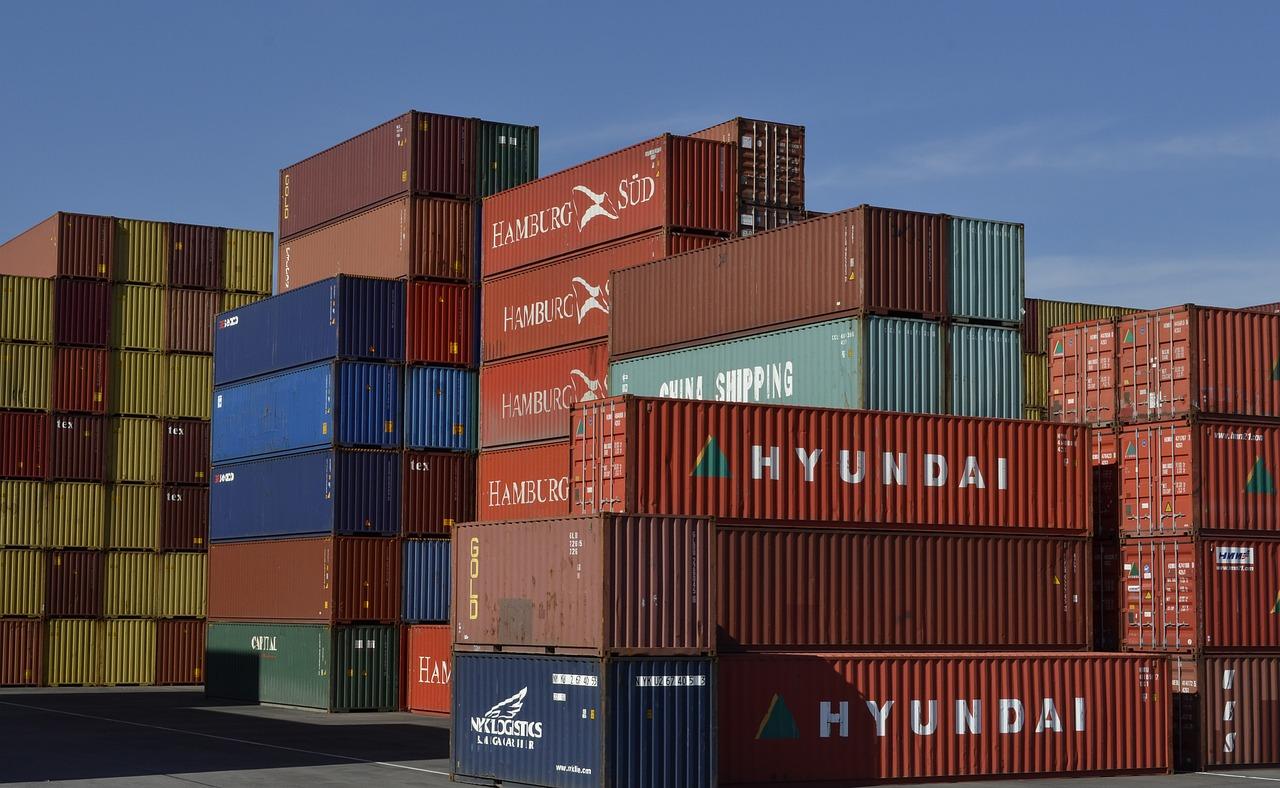 Justiça revoga decisão que suspendia pagamento de taxas para contêiner de importação