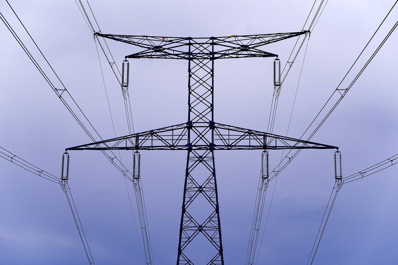 ANEEL propõe renegociação de contratos de energia entre distribuidoras e geradoras em troca de benefícios