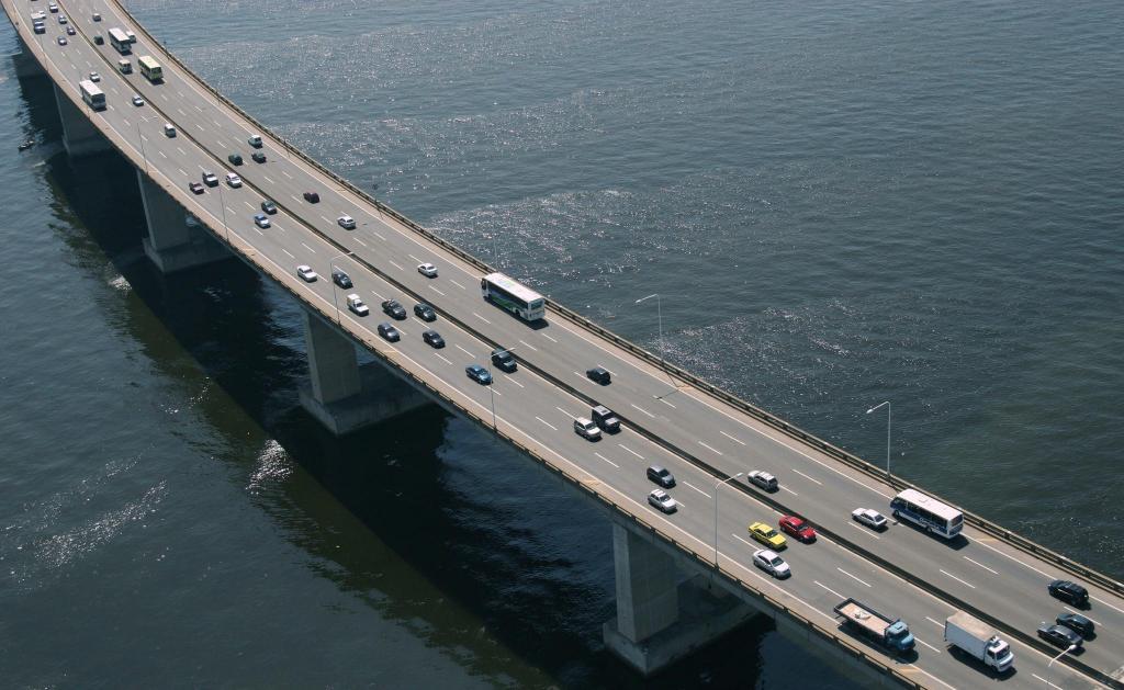 ANTT libera caminhões na ponte Rio-Niterói por causa da Covid-19