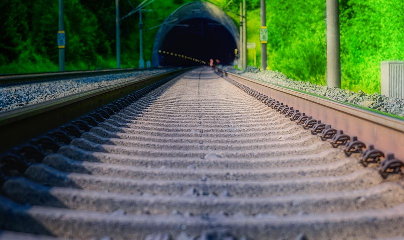 Regulação inadequada impede concorrência nas ferrovias do Brasil, diz estudo do Banco Mundial