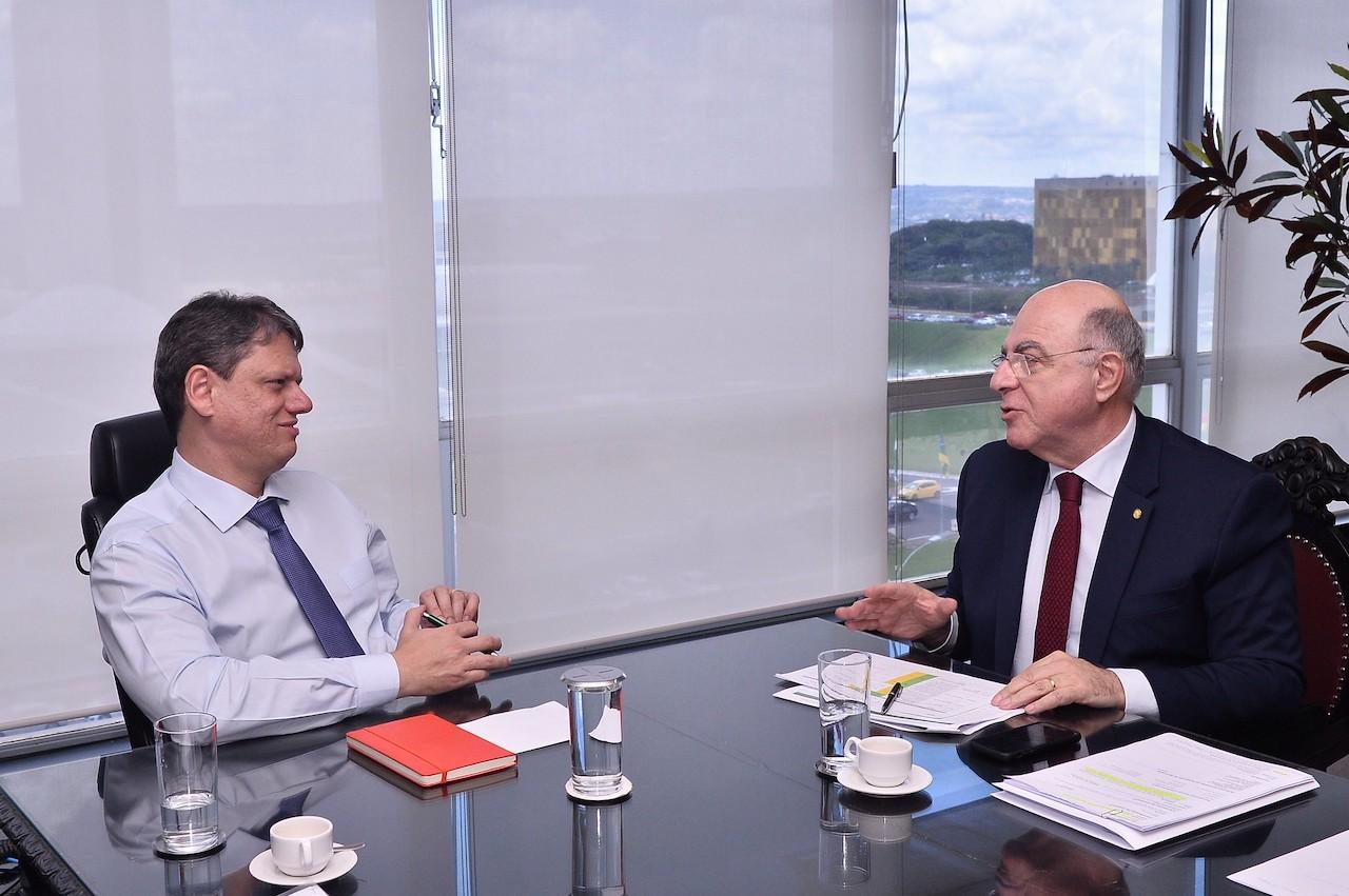 Ministro da Infraestrutura diz ser contra PL para regular reequilíbrio de contratos de concessão