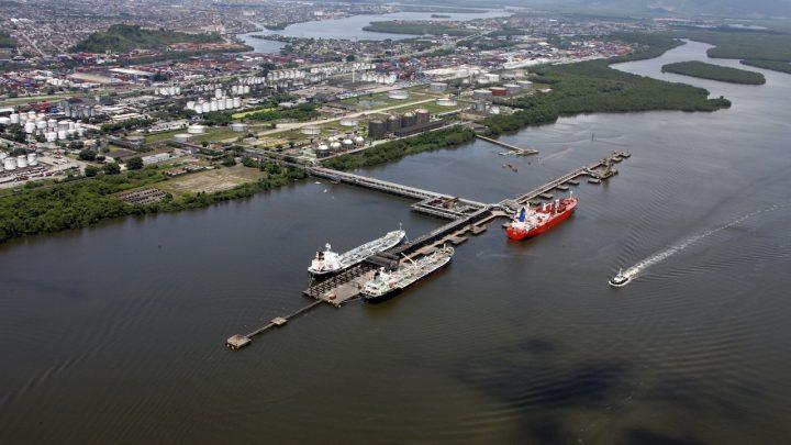Governo marca data de leilões de terminais de líquidos STS08 e STS08-A no Porto de Santos