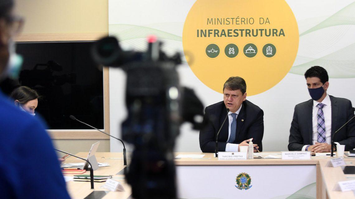 Ministro da Infraestrutura indica que estenderá contratos de concessões de rodovias do RJ