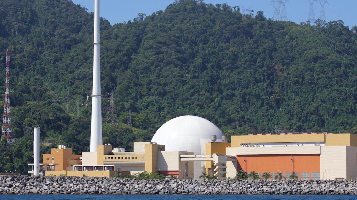 Dependência de profissionais perto da aposentadoria é gargalo para o setor nuclear no Brasil