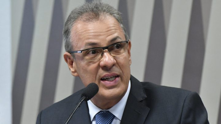 Ajuste em revisões tarifárias extraordinárias deve ser enviado ao Congresso como MP ou projeto de lei, diz ministro
