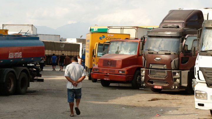 Ministério da Infraestrutura certifica pontos de parada e descanso para caminhoneiros