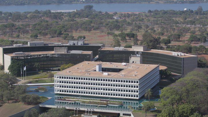 iNFRADebate: Responsabilidade oculta –os órgãos de controle como freios ao desenvolvimento brasileiro