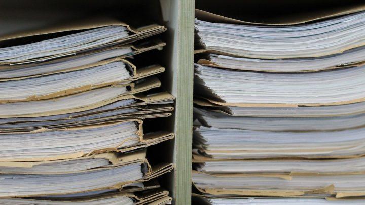 ANEEL e ANTT publicam atos das agências que ainda têm validade. Conheça quais são