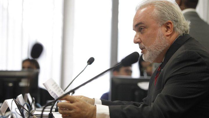 Relator altera texto do Marco Legal das Ferrovias e impõe prazo para autorização