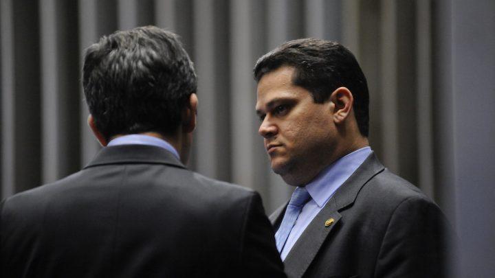 Governo tenta impedir instalação de CPI do Apagão no Senado