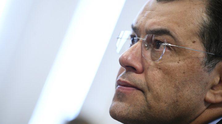 Braga diz que não apoiará decretos para mudar a Lei do Gás e que vai alterar o texto do PL