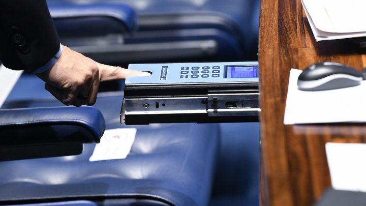 Pauta tumultuada no Senado impede votação de nomes para diretorias de agências