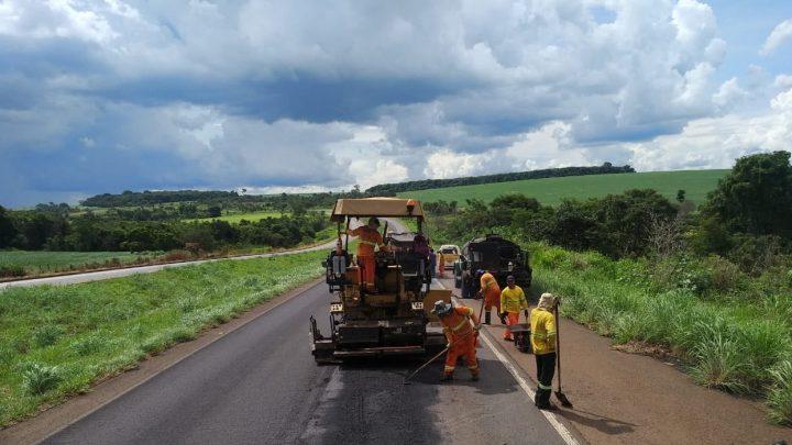 DNIT diz a Ministério da Infraestrutura que pode faltar dinheiro e obras podem parar