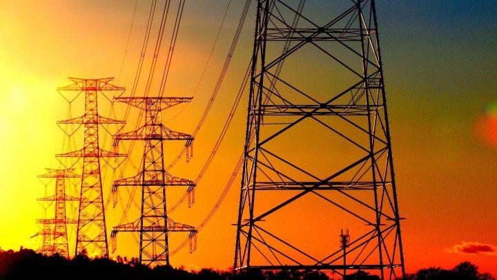 iNFRADebate: Falta de critérios claros dificulta investimentos na expansão da rede de transmissão de energia