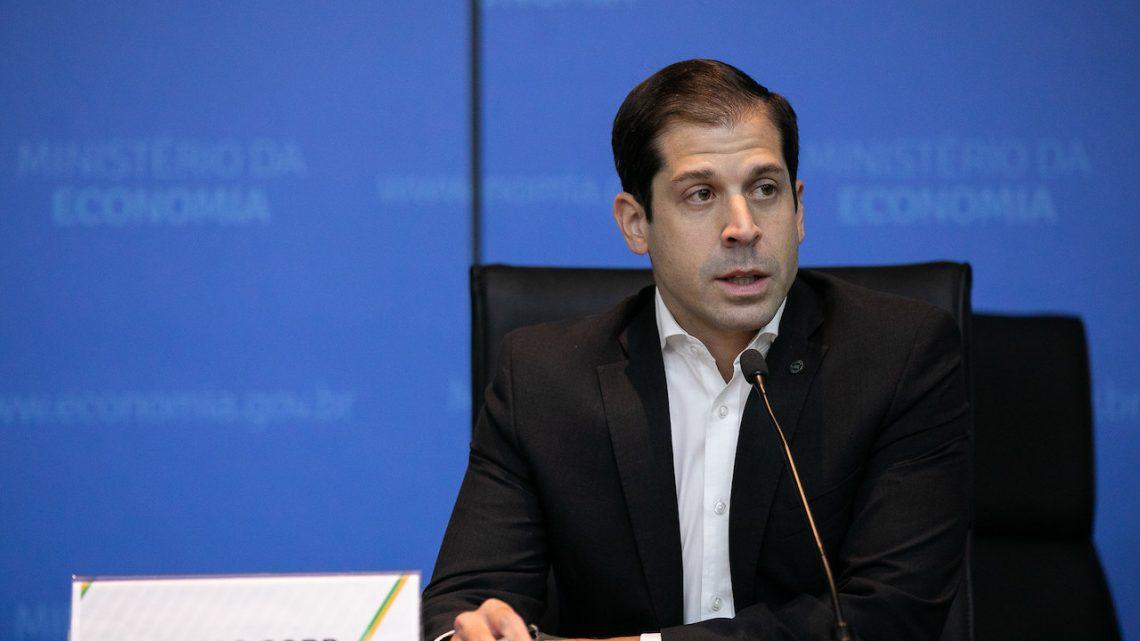 Venda separada de empresas da Eletrobras é inviável, diz secretário de Desestatização