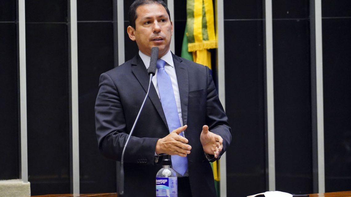 """Líderes vão tentar criar """"ambiente mínimo"""" de votação do PL de Geração Distribuída nesta semana"""
