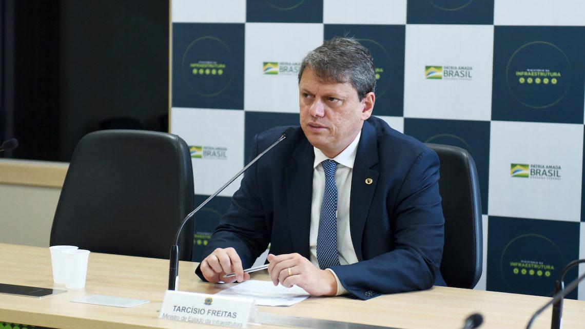 Ministro diz que vai trabalhar para caducidade de duas concessões rodoviárias