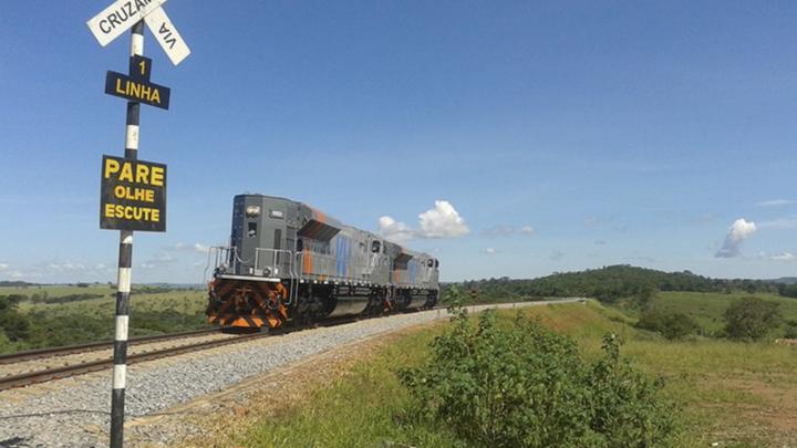Guerra ferroviária leva Rumo a pedir autorização para trechos solicitados pela VLI e operados pela MRS