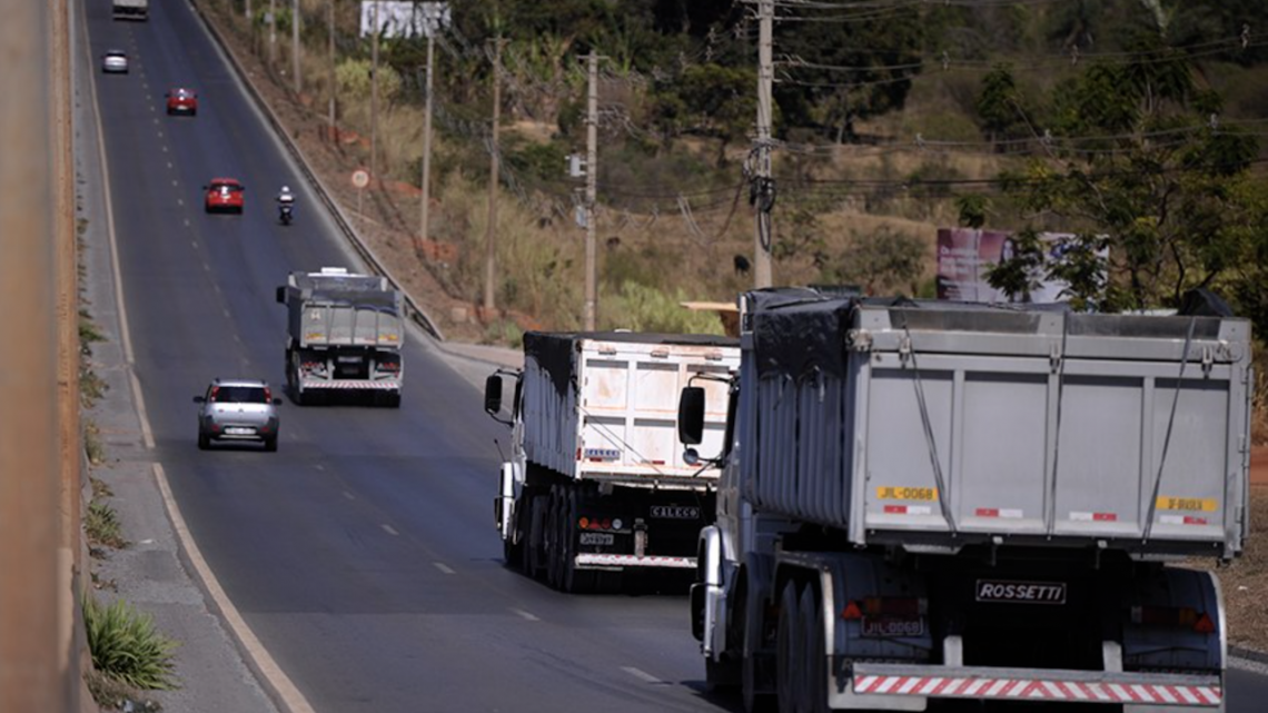 Minfra estuda concessão para emissão e fiscalização de documentos de transporte