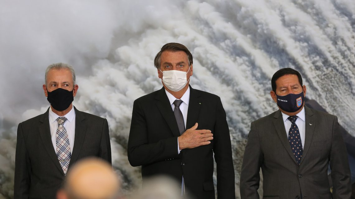 Análise: A sorte ou azar de Jair Bolsonaro?